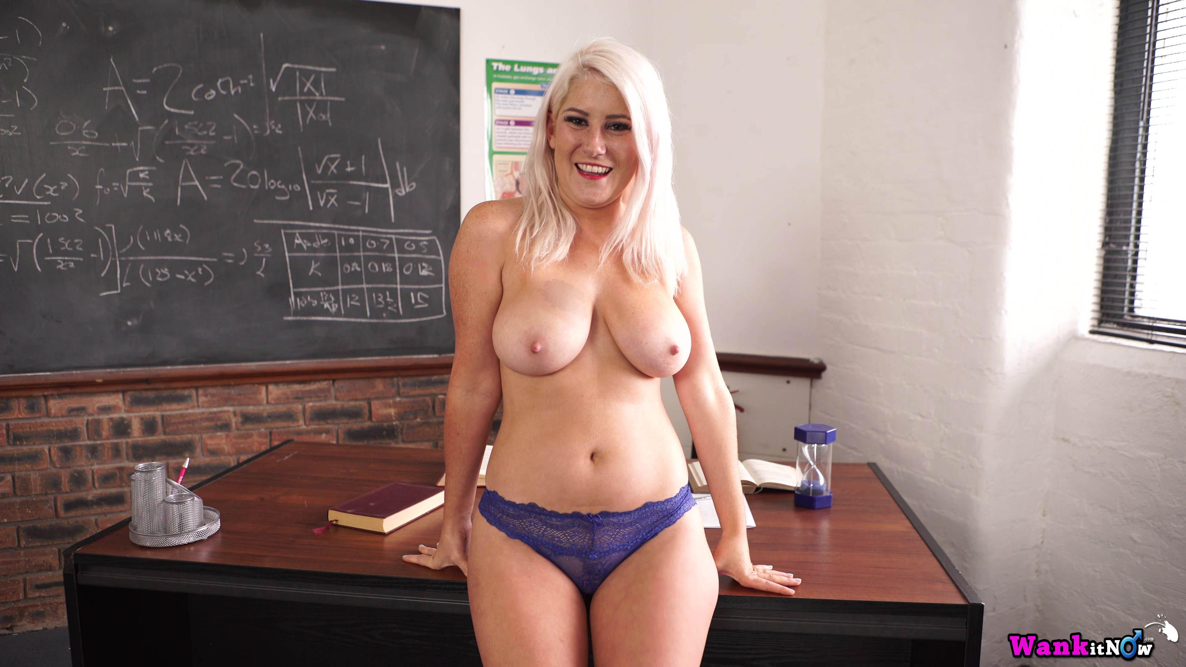 image Horny blonde lu elissa wanks off in rare vintage nylons